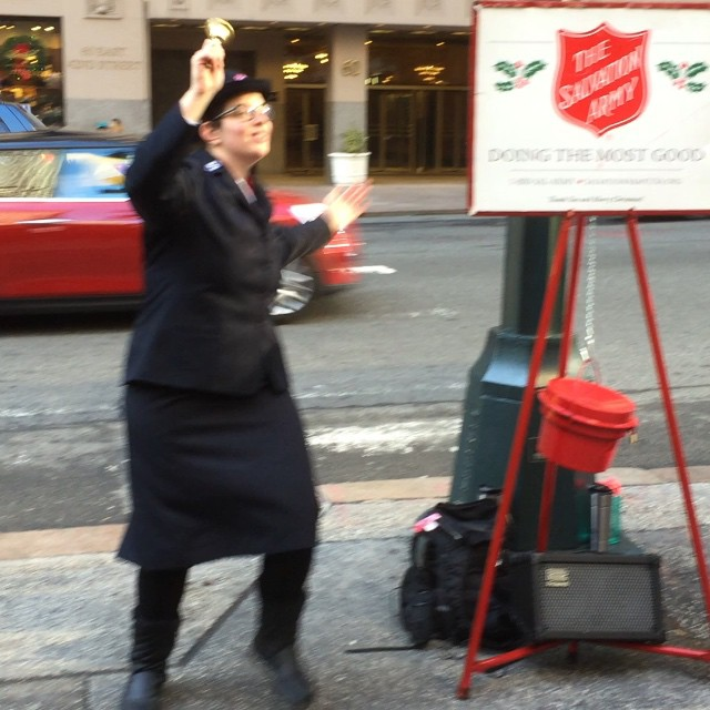Now that's how to #raisemoney. #Offbrand for the #Salvos? #unique #cool #marketing #brand #merrychristmas #grandcentral #newyorkcity #nyc